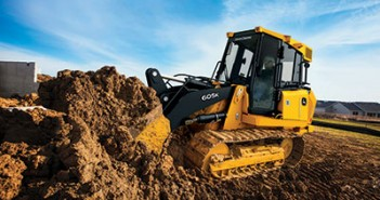 Customers Inspire Right Size for New John Deere Crawler Loader