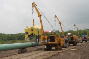 The 71H pipelayer from PLM meets demand for a utility-capacity pipelayer in the Tier 4 Interim/EU Stage IIIB class and designed for lifting 60,000 lbs.