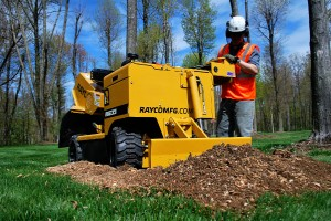 The 4x4 option is available as an option on new Rayco machines or as a retro-fit kit for older RG35 Super Jr. models.