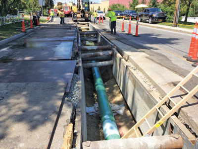 Spectra Energy's Algonquin Incremental Market (AIM) project is one of the largest gas projects for Bond Brothers Inc. in New England since the 1990s. Here, Bond crews work on the West Roxbury Lateral in Massachusetts.