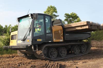 Panther-T8-hauling-mats-IMG_9823-2