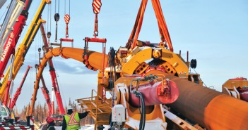 Michels Completes 7,200-ft Crossing to Install Gas Line
