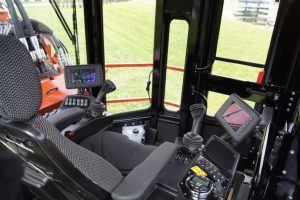 Ditch Witch HT275 Cab